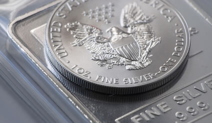 Silver bar and American Eagle Silver bullion coins